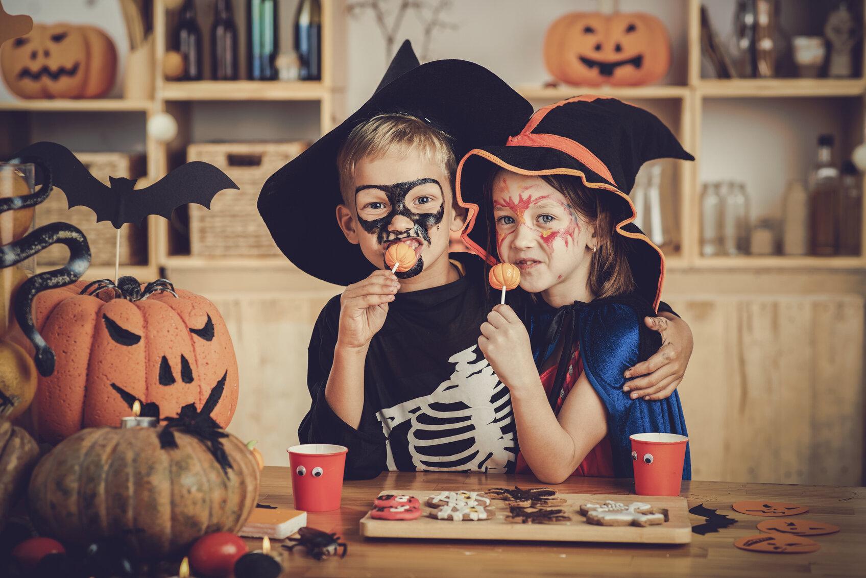 halloween-treats (1).jpg