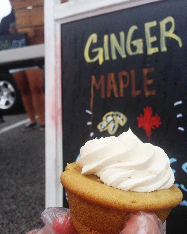 Fall Flavor Alert! Ginger Maple in the house! Come out in the rain and git 'em! // #vegan #vegancupcakes #veganbakedgoods #local #eatlocal #organic #wheatfree #vegetarian #farmersmarket #fallingforfall #yummy #guiltypleasure #fallflavors #marketseason #shoplocal #cupcakes #bakedgoods #sweats #desserts #dairyfree #eggfree #ellicottcity #howardcounty #maryland