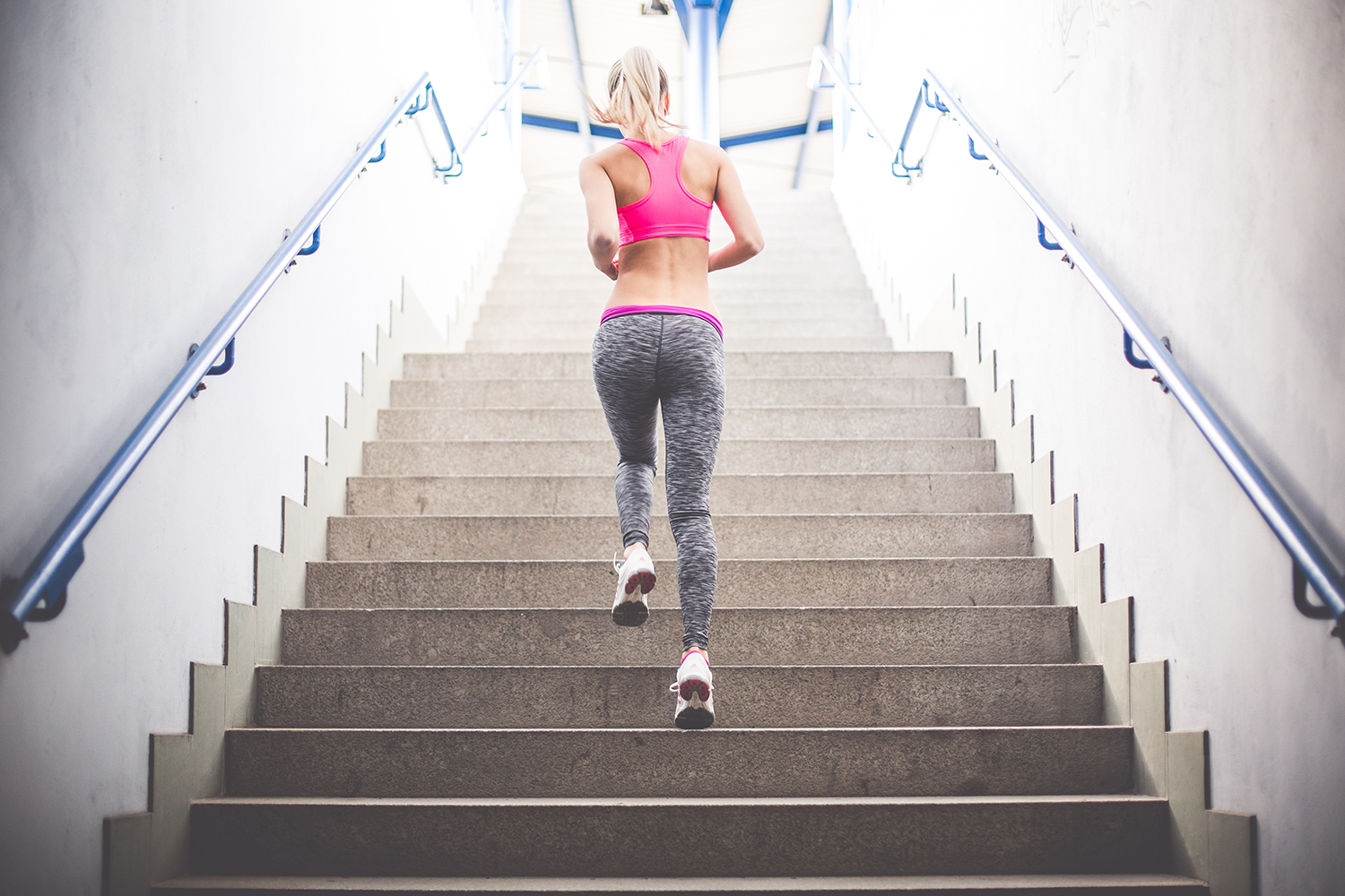 40-fit-woman-running-up-the-stairs.jpg