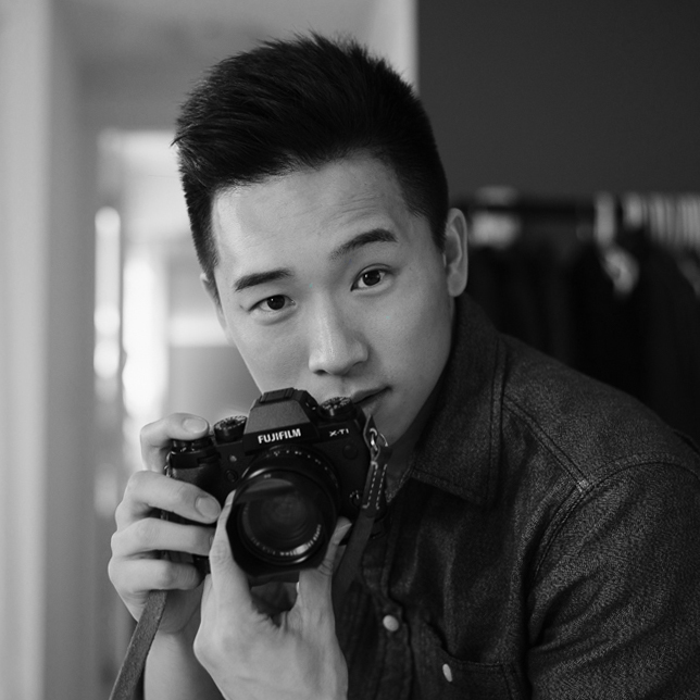 H  i! My name is Jason .  Based in Vancouver, I am a portrait photographer and story teller.   Driven by the desire to create and inspire, my camera allows me to capture moments in time and reveal emotions associated with it.  Let me bring your ideas to life!