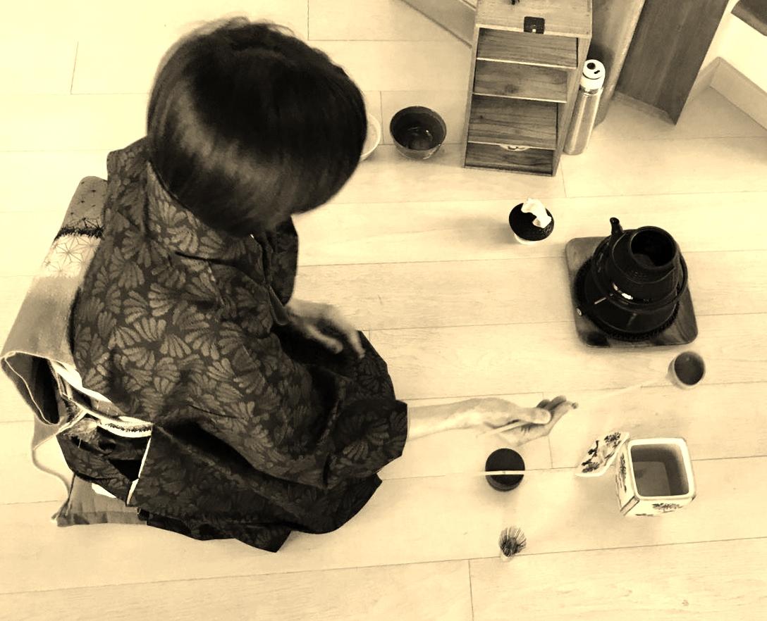 keiko-cerimonia+del+té+yoga+Ashoka.jpg