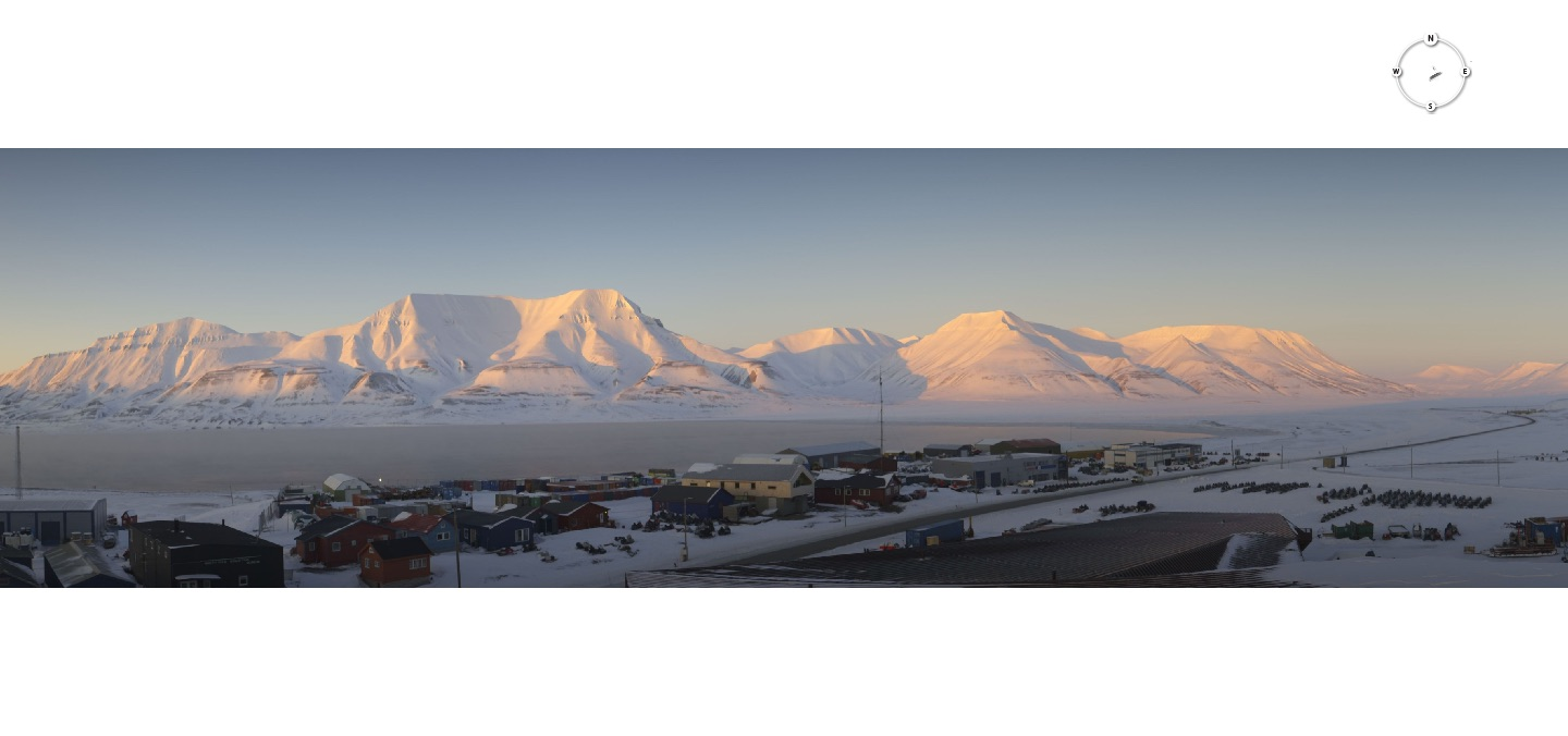 Captured on April 4, 4:30 pm 2017, from the Longyearbyen webcam.   Connect your eye here:  http://longyearbyen.kystnor.no/