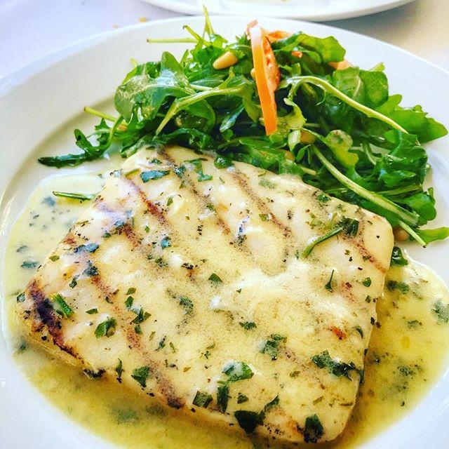 #Repost @antonio_eats_la ・・・ Calamari Grigliati- grilled calamari steak with lemon, arugula and pine nuts @modomio_palisades. • • • •