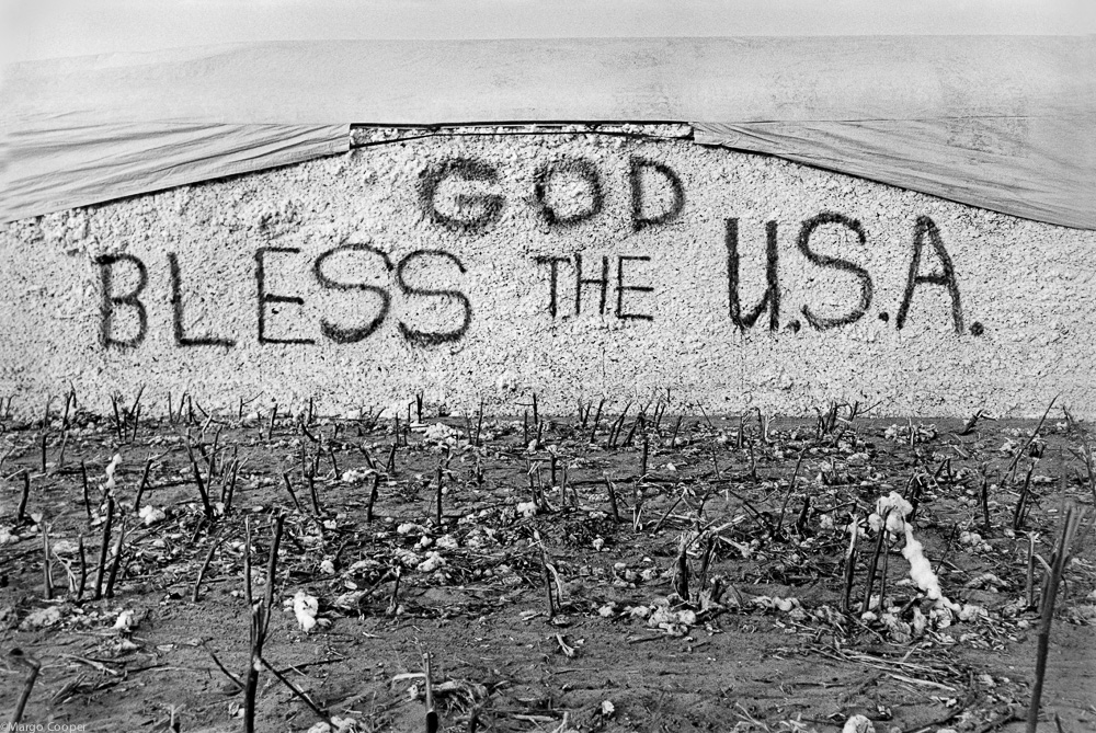 God Bless the USA, The Delta, Mississippi   © Margo Cooper All Rights Reserved. No part of this website may be reproduced, stored in a retrieval system, or transmitted in any form without prior written permission.