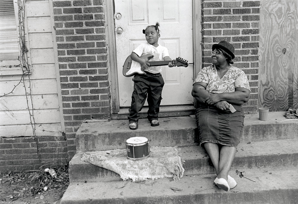 Stella and granddaughter, Stella,Greenville, Mississippi   © Margo Cooper All Rights Reserved. No part of this website may be reproduced, stored in a retrieval system, or transmitted in any form without prior written permission.
