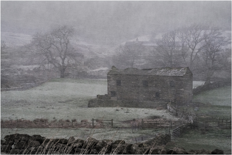 Barn in the Snow by Tim Growcott - 2nd