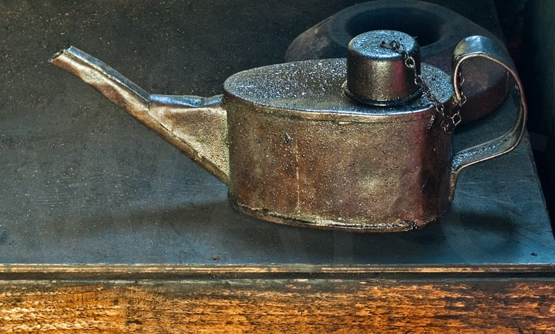 The Oil Can by Gerry Froy - C (int)