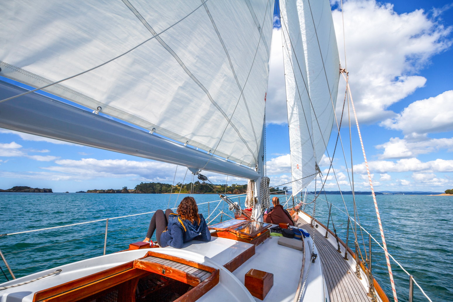DAY SAILING vigilant-yacht-charters-day-sailing-russell-bay-of-islands-feature-1.jpg