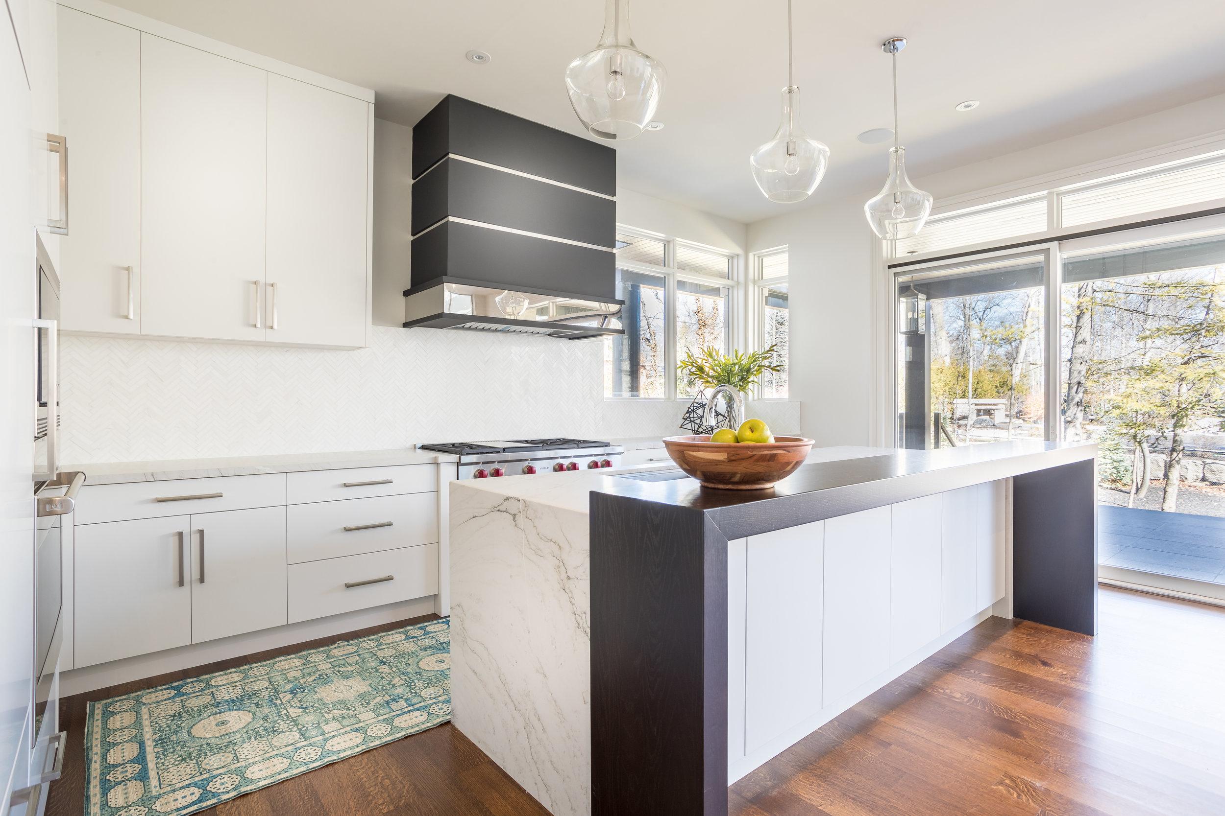 port credit-interior design-kitchen-robson hallford
