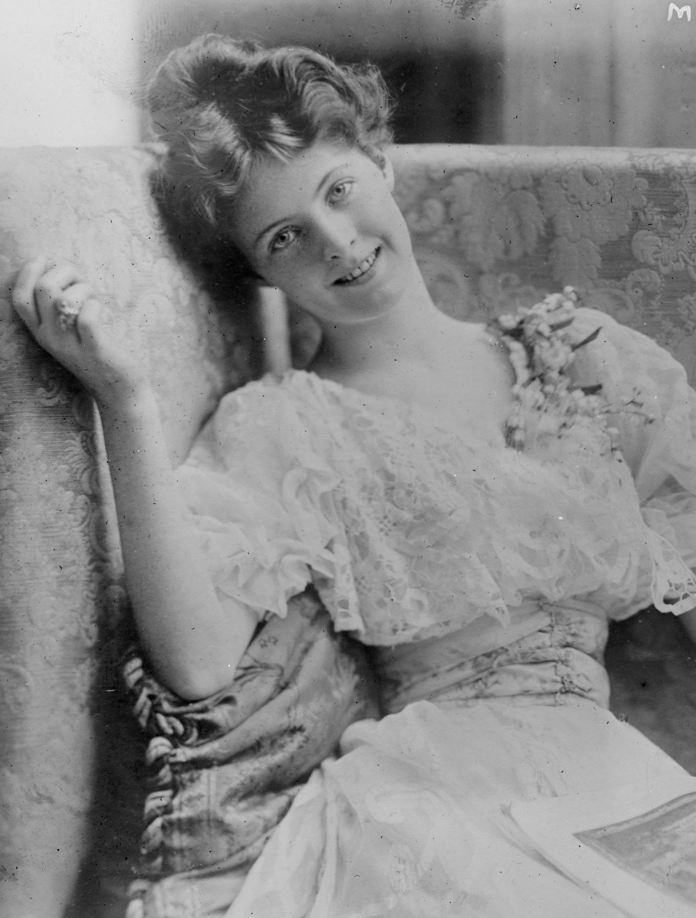 Mabel Taliaferro 3.jpg