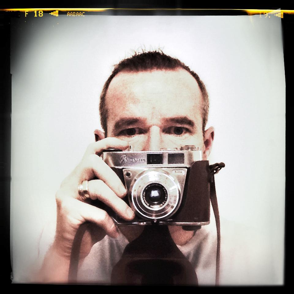 LONR - self portrate-1.jpg