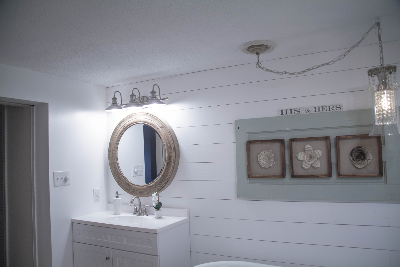 Complete Bathroom Makeover With Lowes