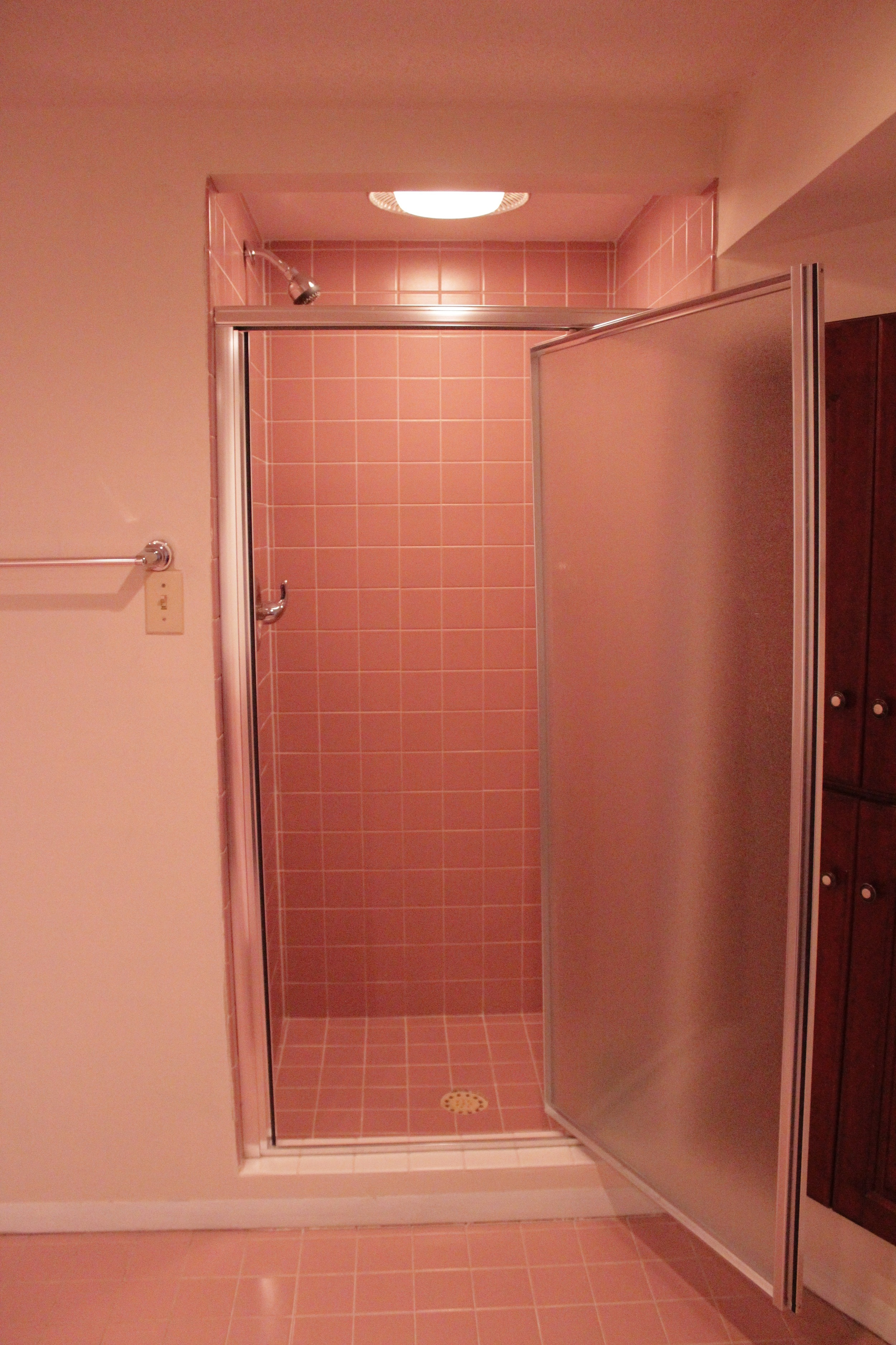 Before and After Bathroom Remodel With Lowes