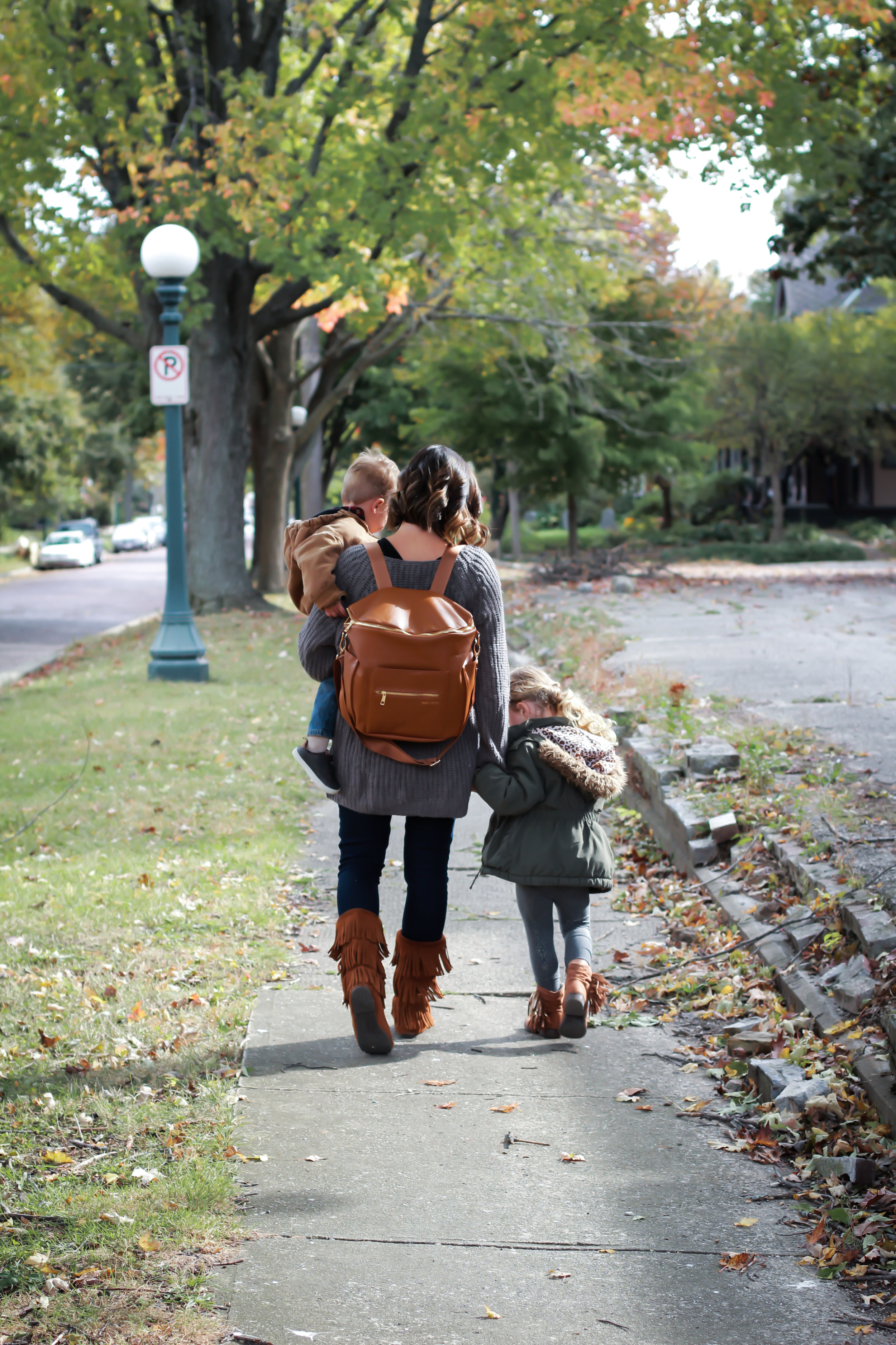 The Perfect Mommy Diaper Bag: Fawn Design
