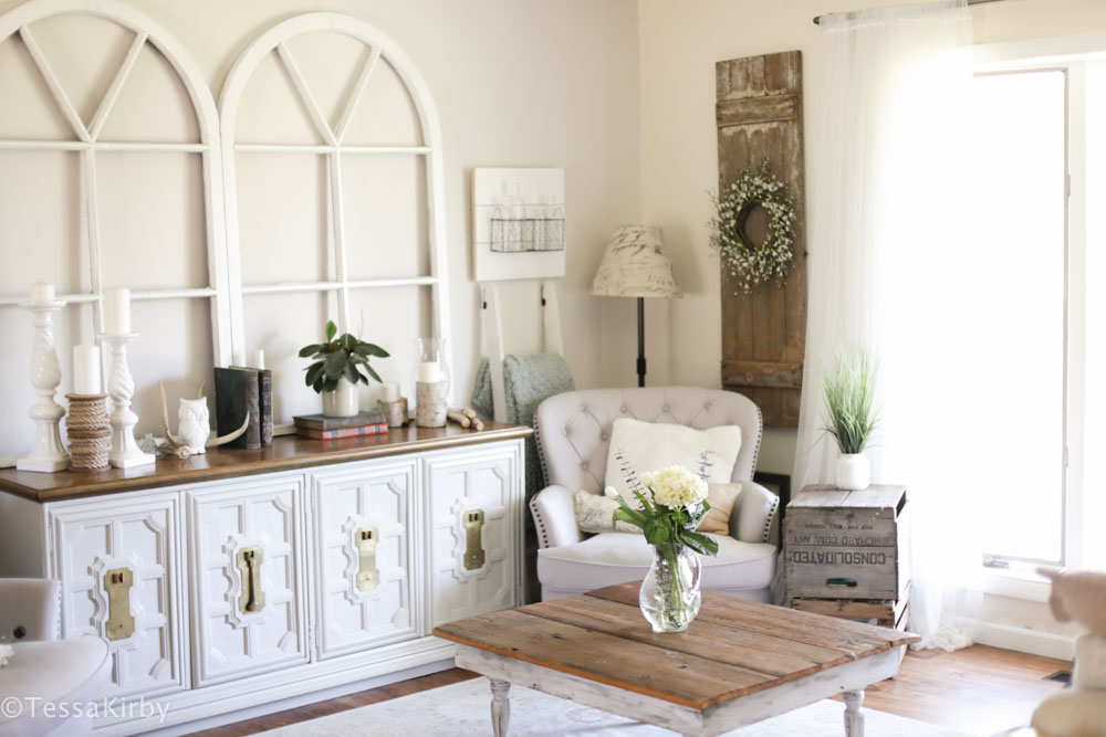 Making Your House A Home: DIY Spring Greenery
