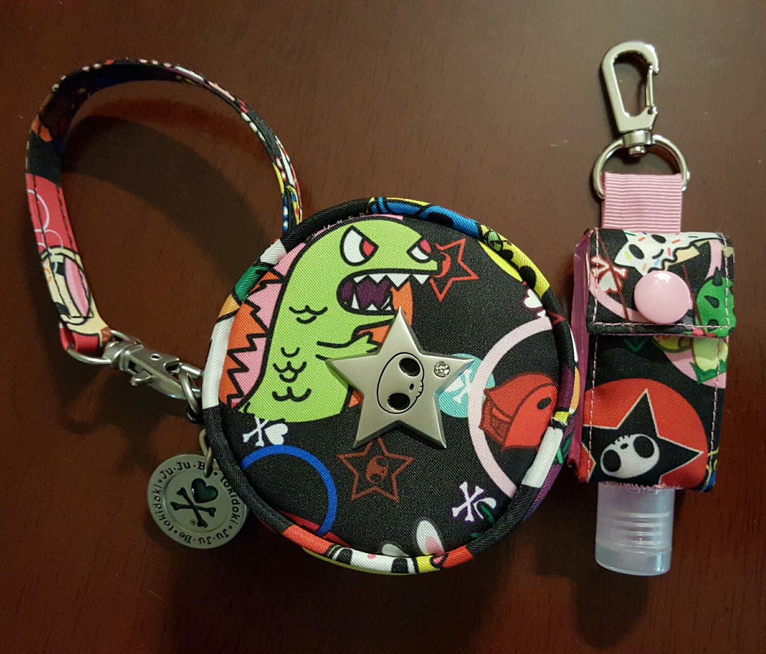 Paci pod and custom anti bac holder are both in the Tokidoki Bubble Trouble print.