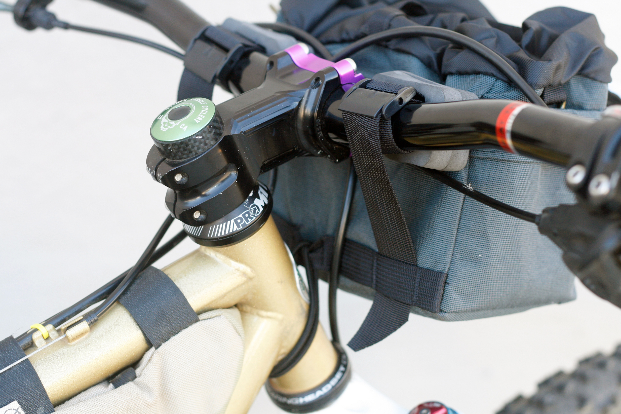 (2) spacers on each handlebar attachment, Shimano brake levers need some room