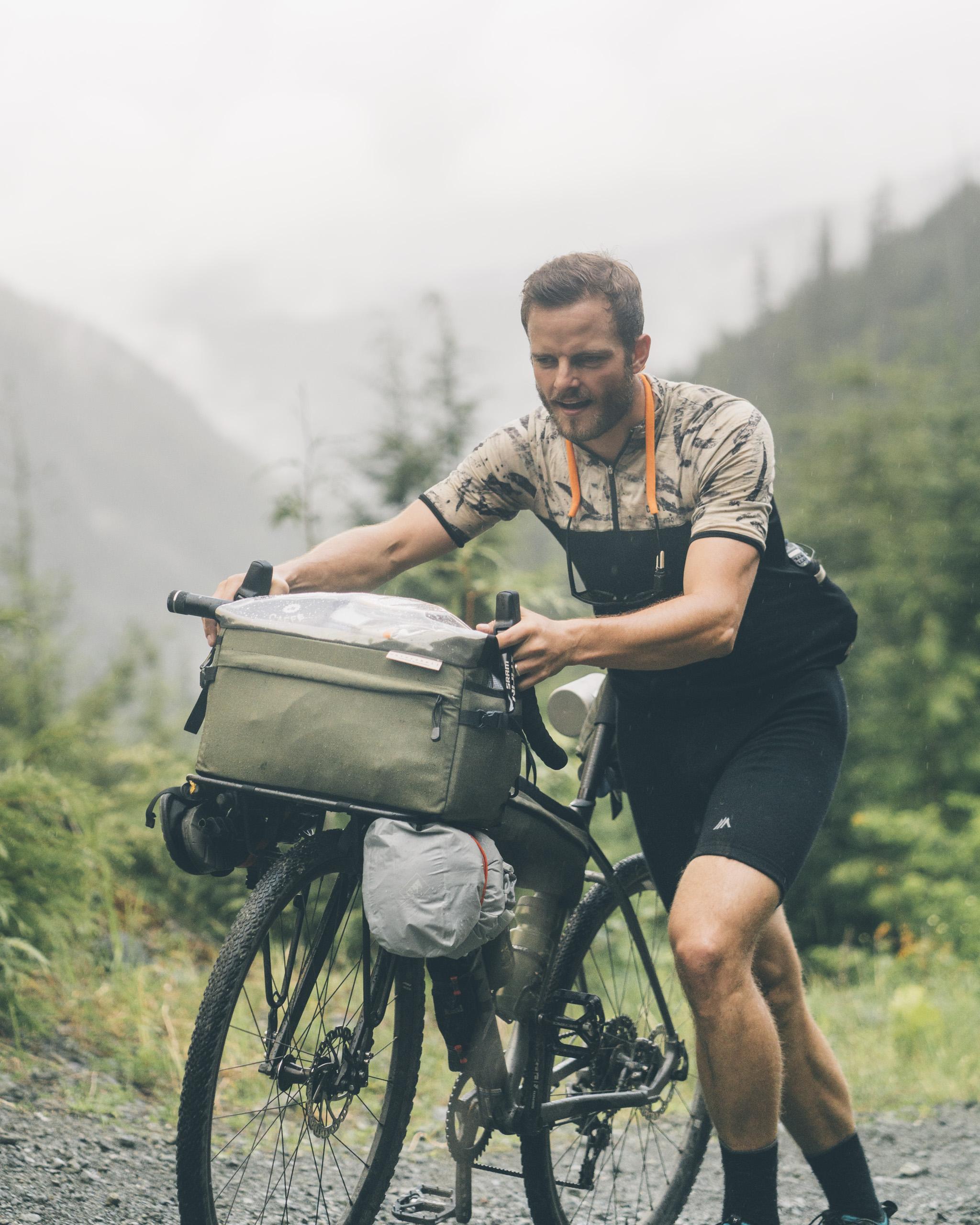 Bikepacking-VanIsland-JohnsonStudios-201806-71.jpg