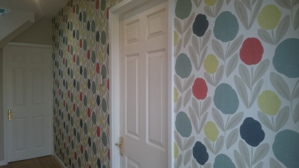 Feature wallpaper in Cirencester, Gloucestershire