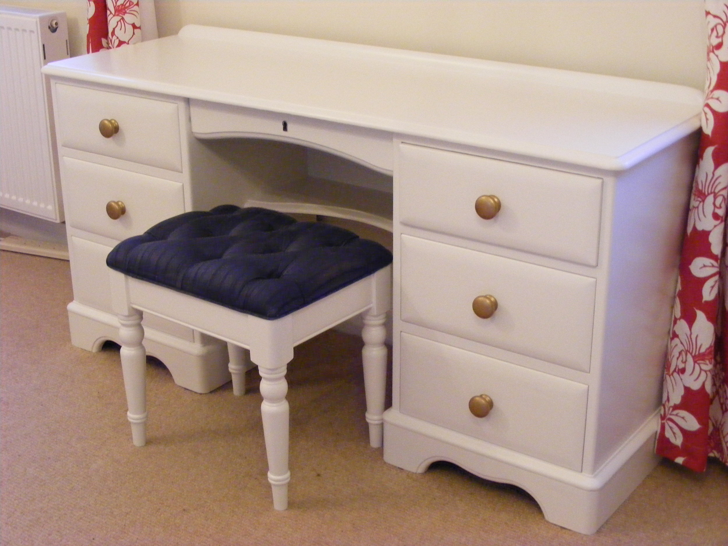 Bedroom furniture painting in Swindon, Wiltshire