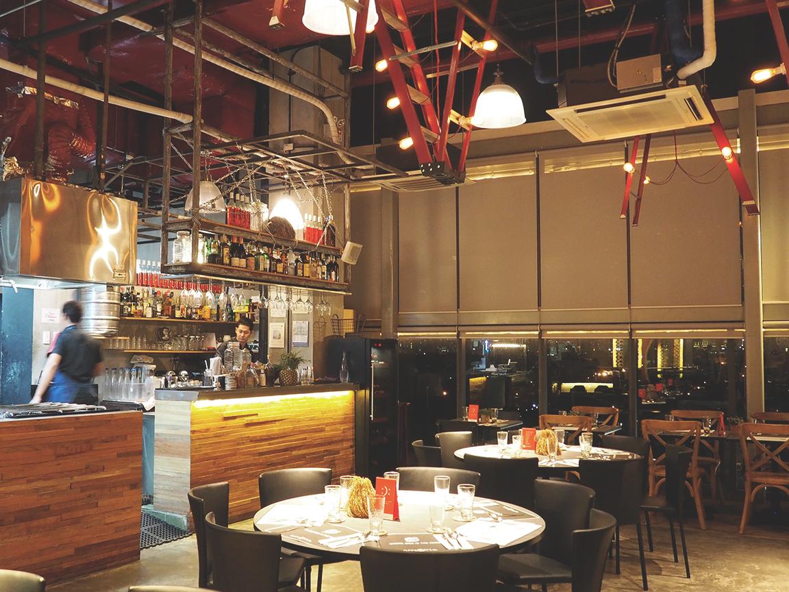 Arrozeria - Century City Mall Review - Interior