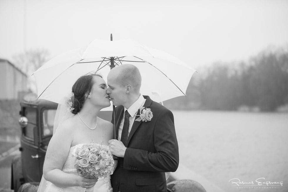 Bryllupsfotograf-bryllupsbilled-sort-hvid-Næstved-17.jpg
