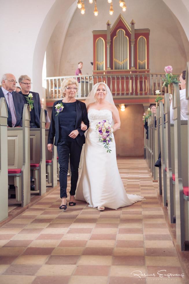 Lolland-våbensted-Bryllupsbilleder-bryllupsfotograf-105.jpg