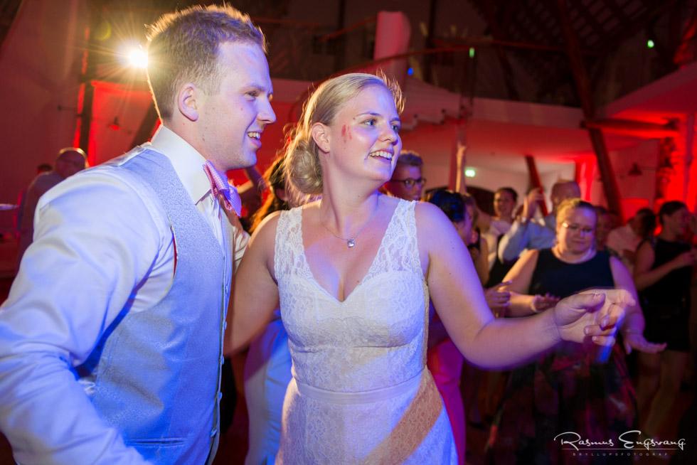 Aggersvold-Gods-Bryllup-bryllupsfotograf-bryllupsbilleder-146.jpg
