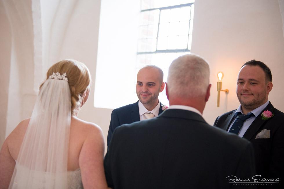 Sjælland-bryllupsfotograf-bryllupsbilleder-106.jpg