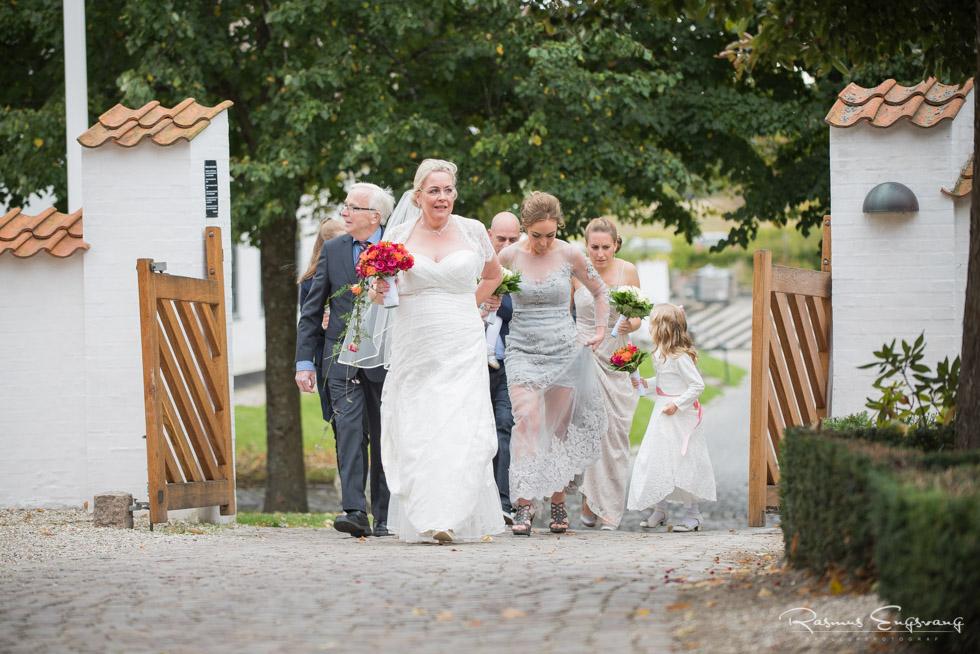 Farum-Kirke-Furesø-Marina-Bryllupsbilleder-bryllupsfotograf-102.jpg