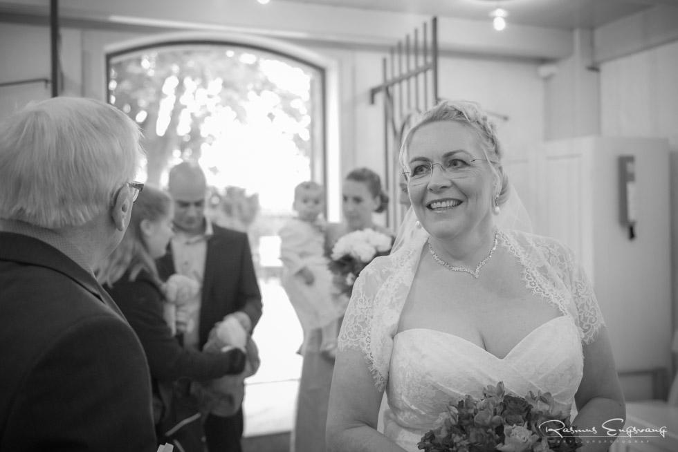 Farum-Kirke-Furesø-Marina-Bryllupsbilleder-bryllupsfotograf-104.jpg