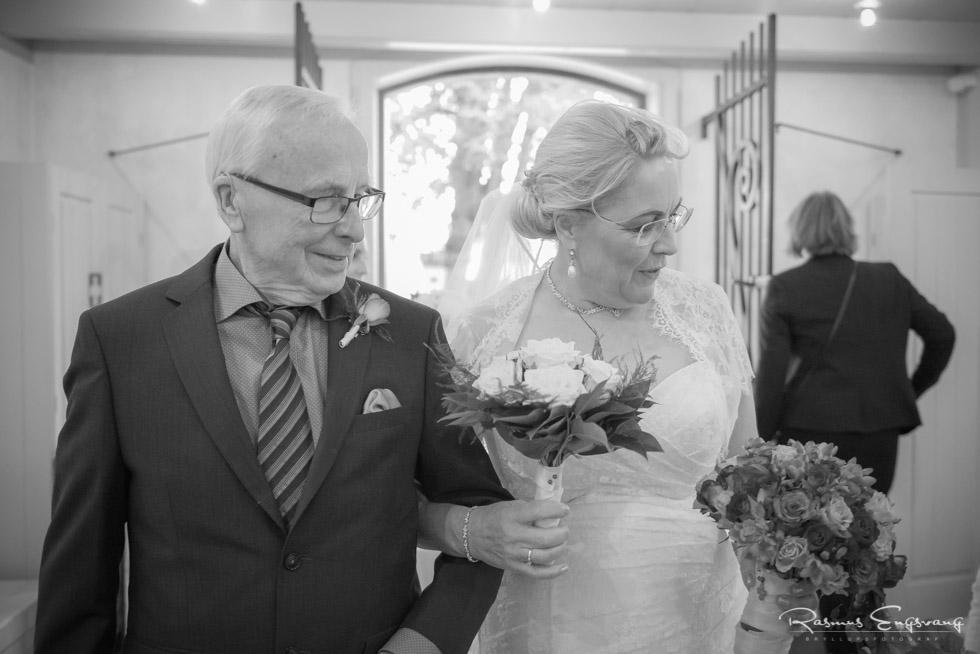 Farum-Kirke-Furesø-Marina-Bryllupsbilleder-bryllupsfotograf-106.jpg