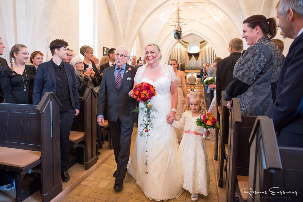 Farum-Kirke-Furesø-Marina-Bryllupsbilleder-bryllupsfotograf-107.jpg
