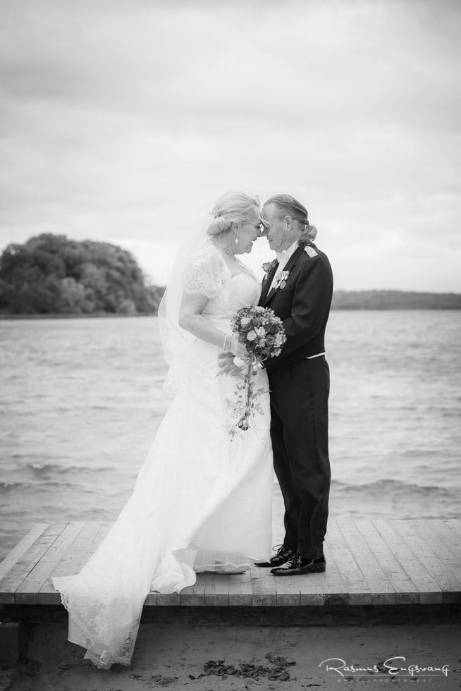 Farum-Kirke-Furesø-Marina-Bryllupsbilleder-bryllupsfotograf-301.jpg