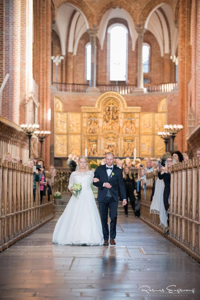 Roskilde-Domkirke-Bryllupsbilleder-bryllupsfotograf-111.jpg