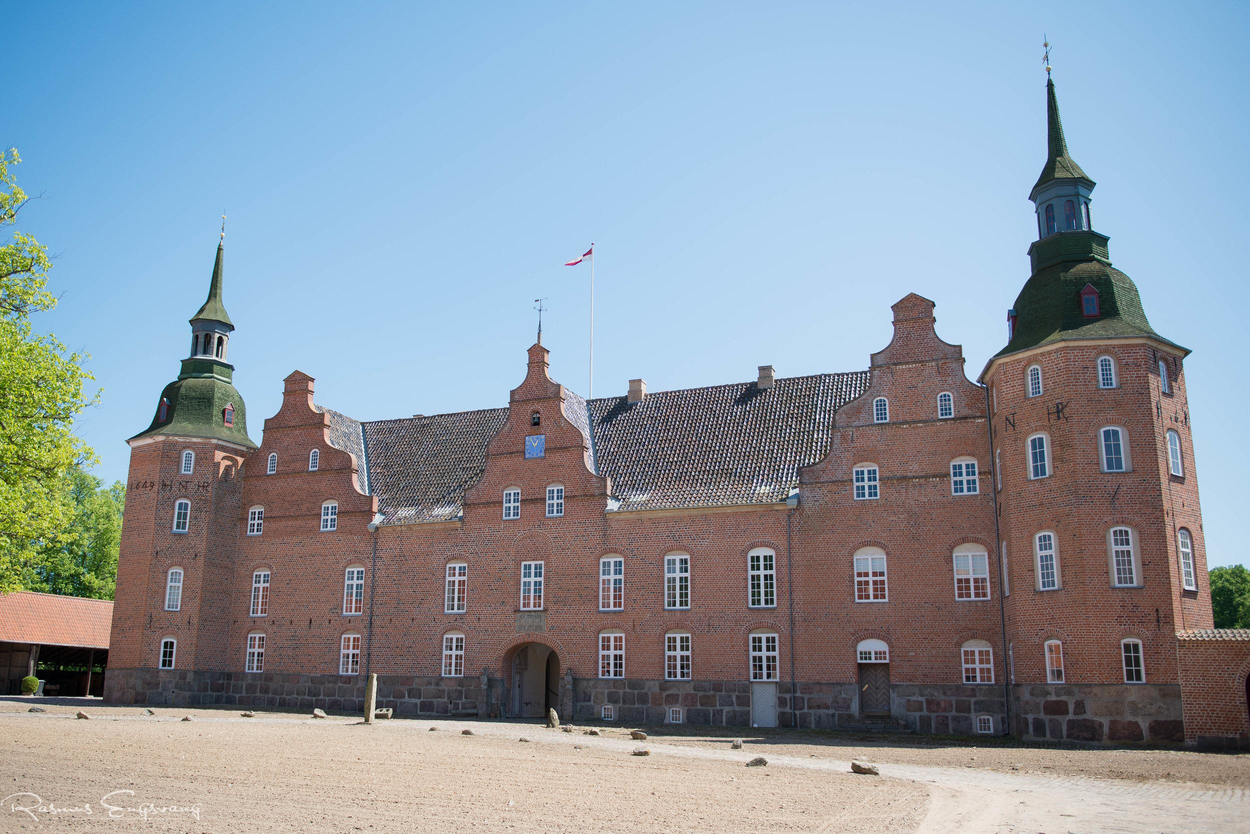 Bryllupsfotograf-Holsteinborg-Slotskirke-Sjælland-101.jpg