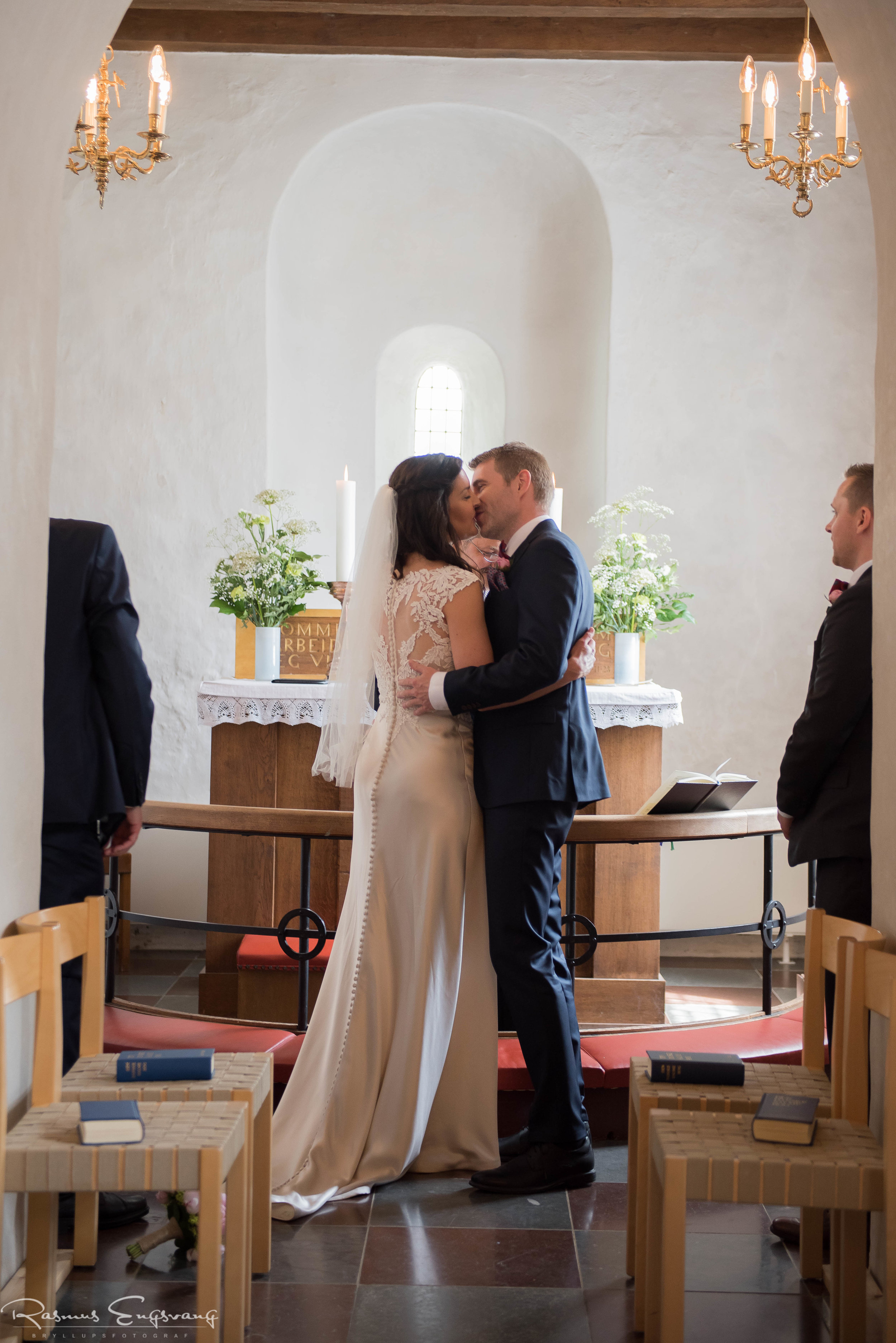 Måløv-Kirke-Bryllupsfotograf-København_Sjælland-107.jpg