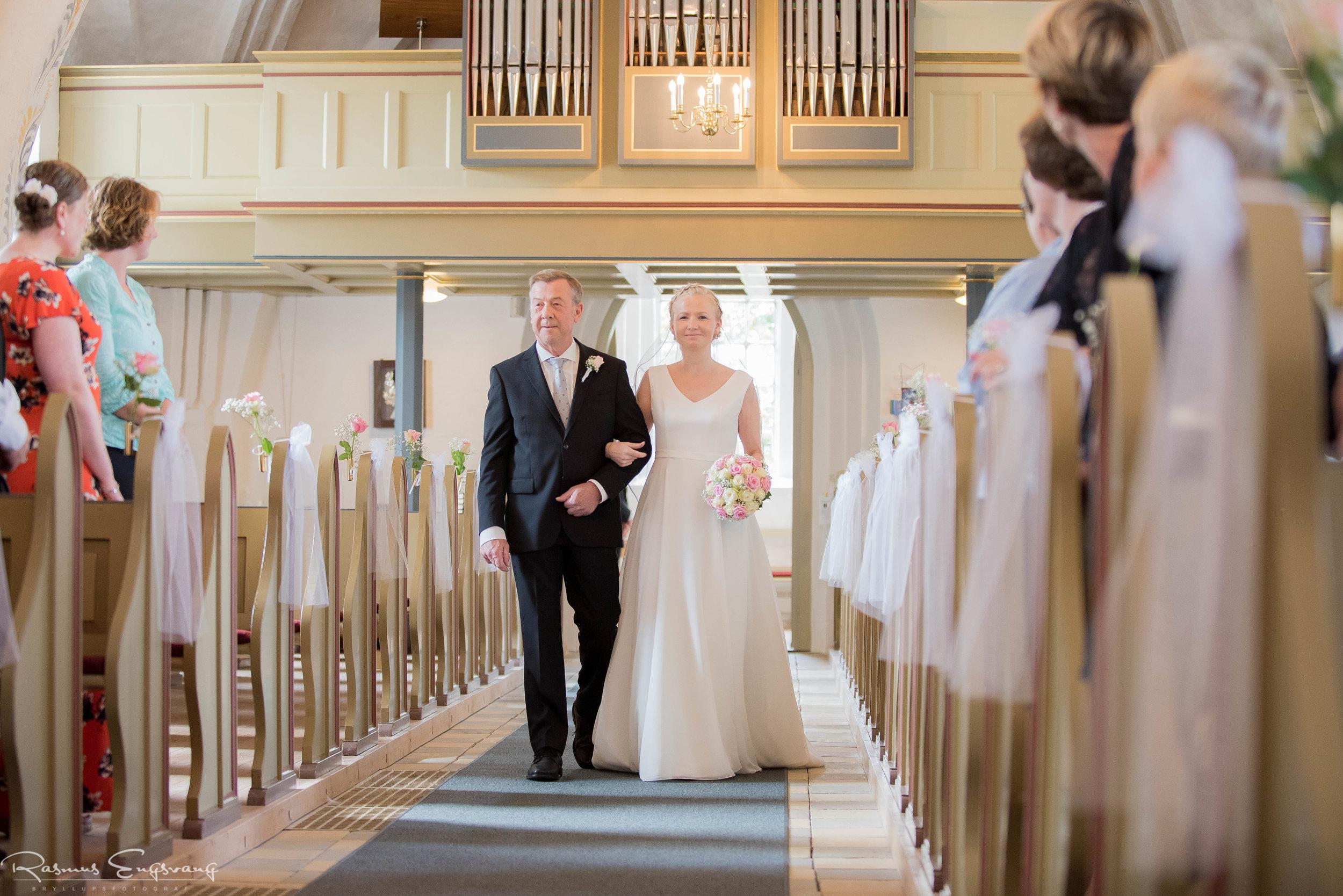Bryllupsfotograf_Sjælland_Skælskør_Marvede_Fjordbakken-109.jpg