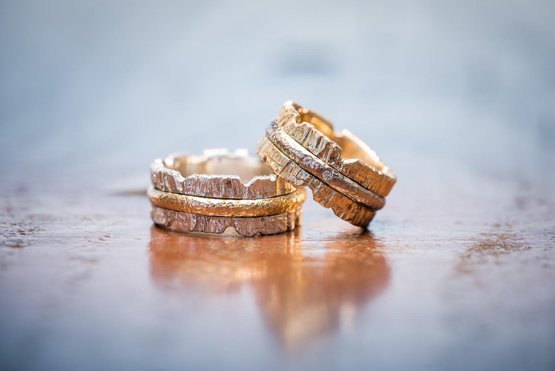 Vielsesringe-guld-nærbillede.jpg