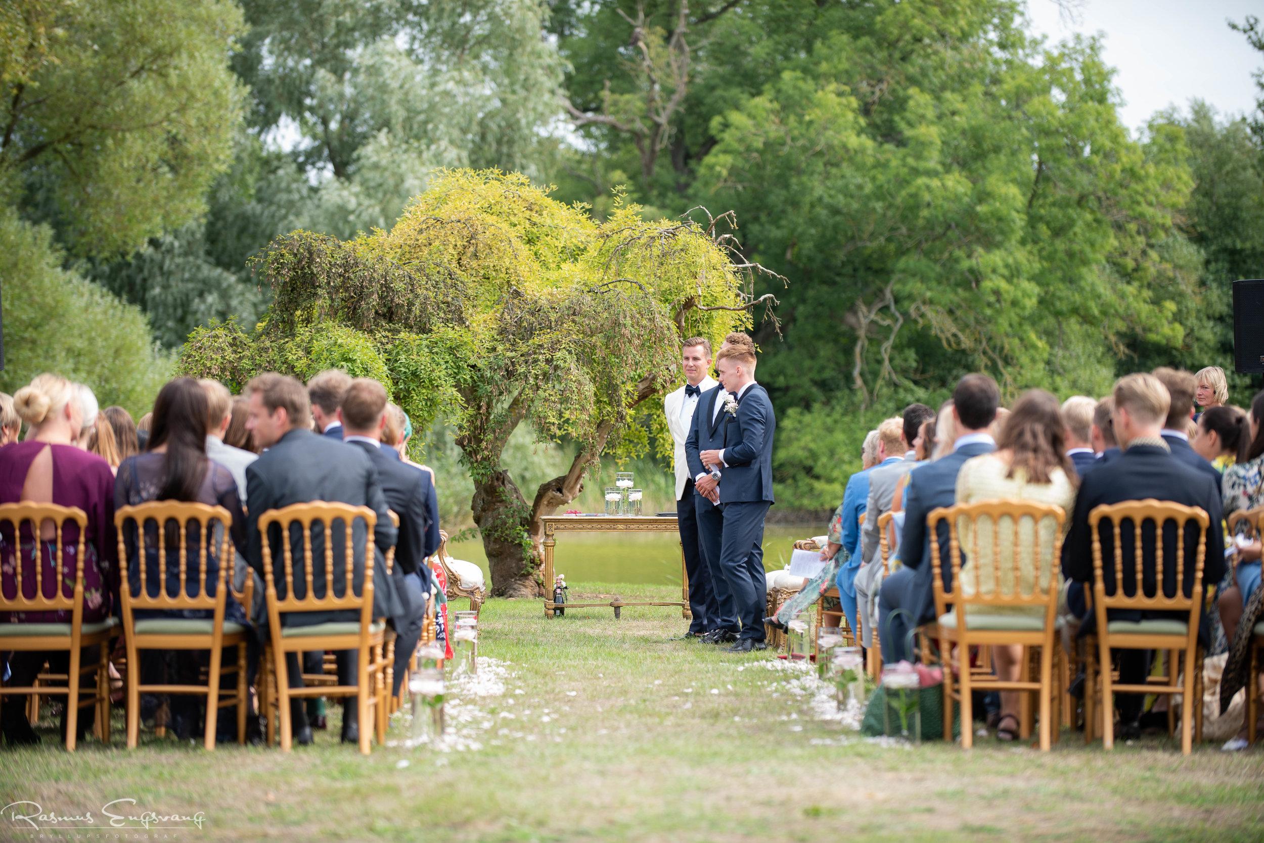 Bryllupsfotograf_Holckenhavn_Slot_Bryllup-214.jpg