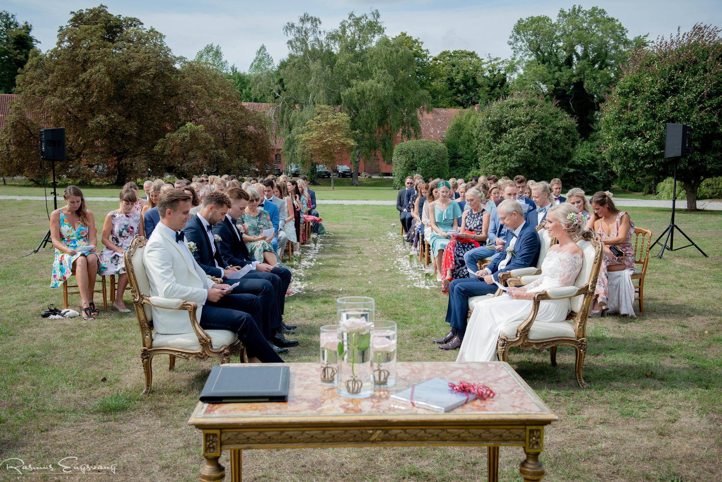 Bryllupsfotograf_Holckenhavn_Slot_Bryllup-226.jpg