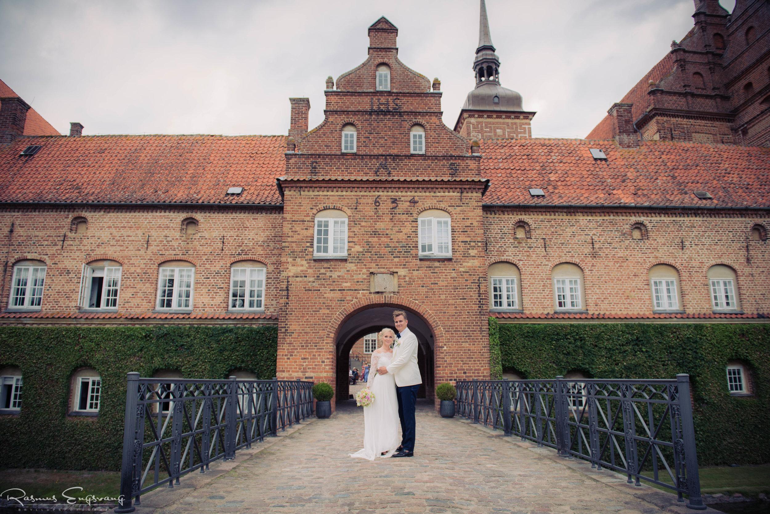 Bryllupsfotograf_Holckenhavn_Slot_Bryllup-415.jpg