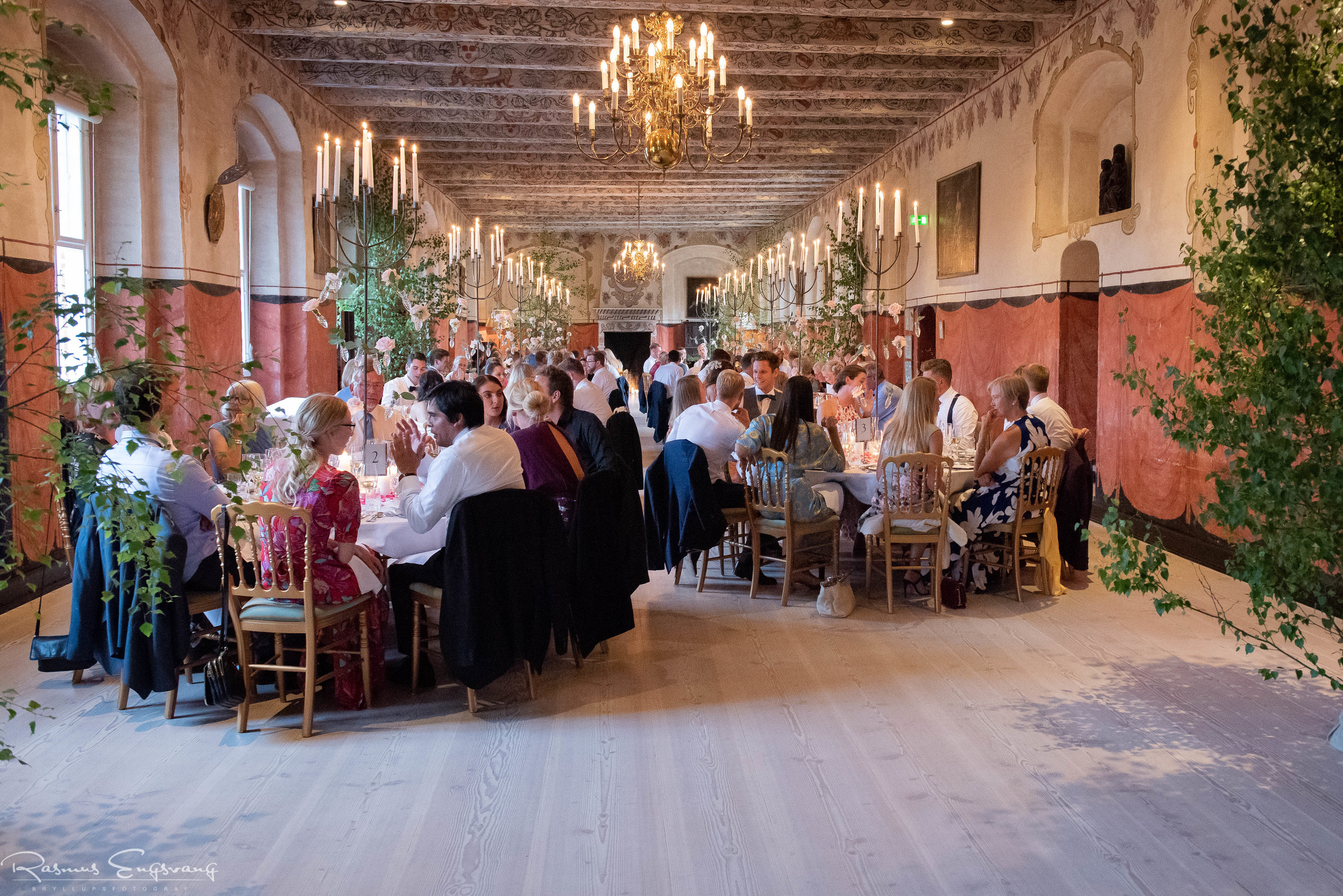 Bryllupsfotograf_Holckenhavn_Slot_Bryllup-501.jpg