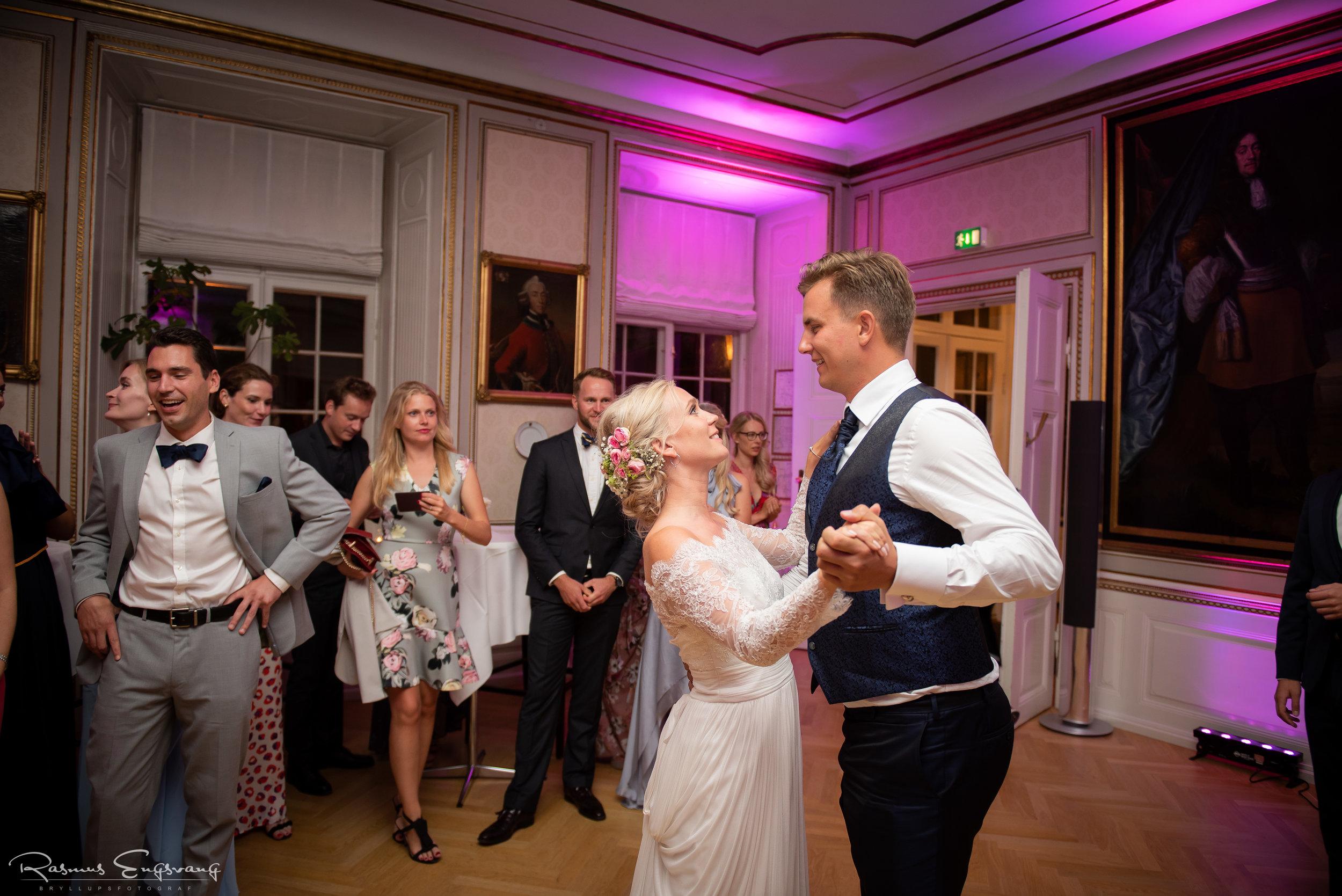 Bryllupsfotograf_Holcken_Havn_Slot_Nyborg-511.jpg