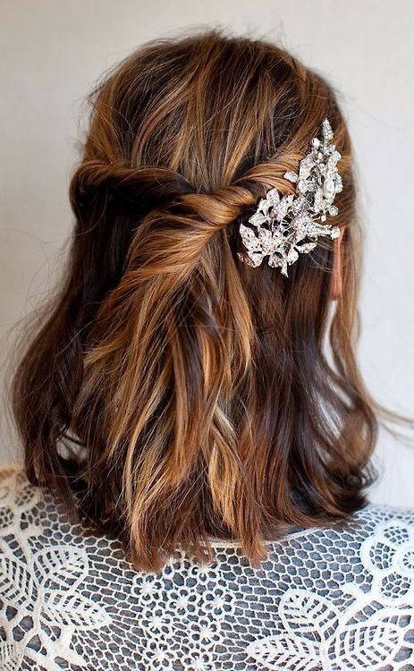 Shorter-Lob-Bob-bridal-hair-with-sparky-comb-twisted