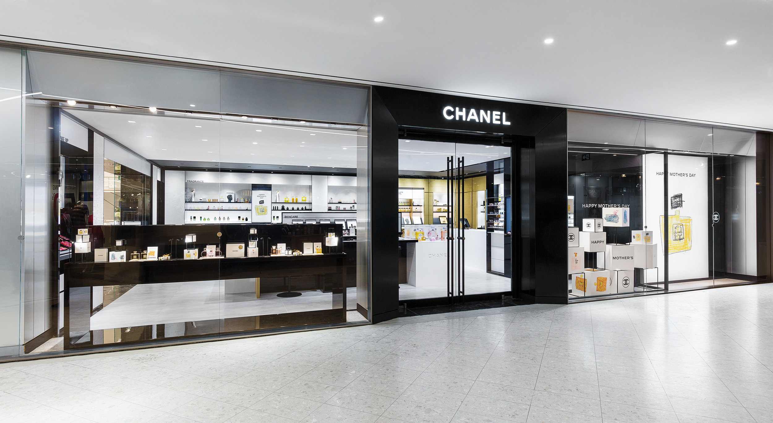 CHANEL Beauty Boutique Toronto Exterior.jpg
