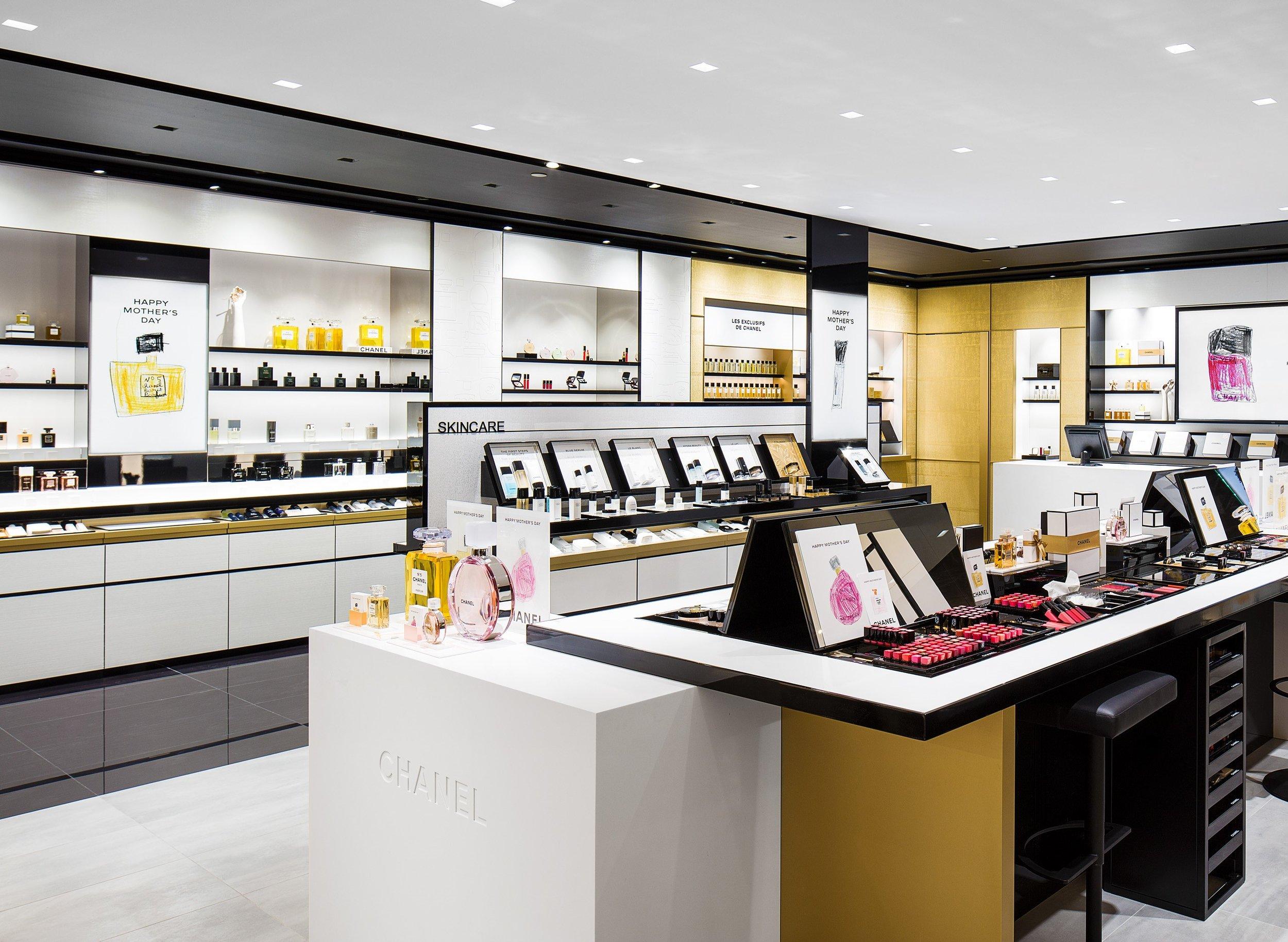 CHANEL Beauty Boutique Toronto Interior.jpg