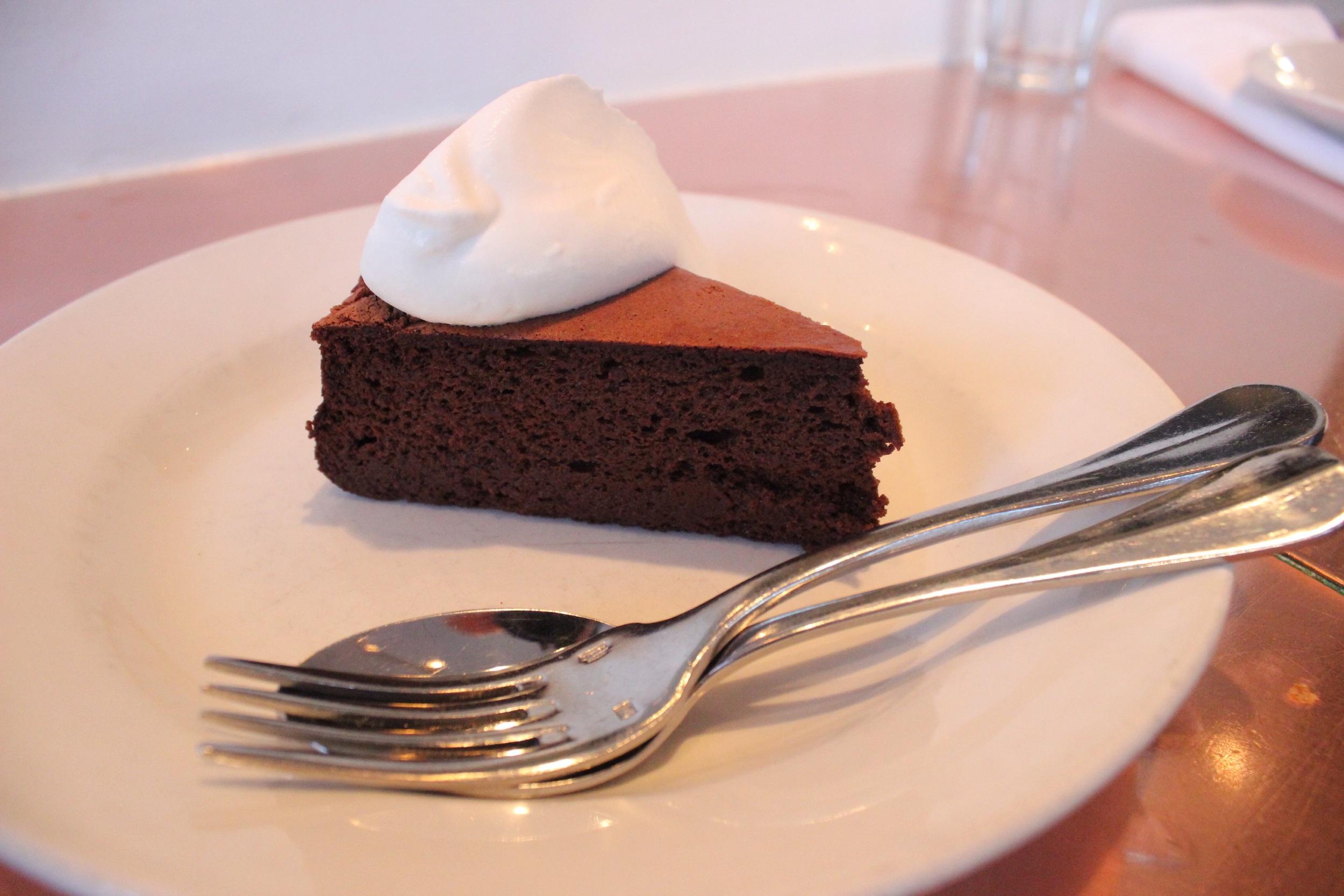 'Praise this cake ladies and gentlemen'