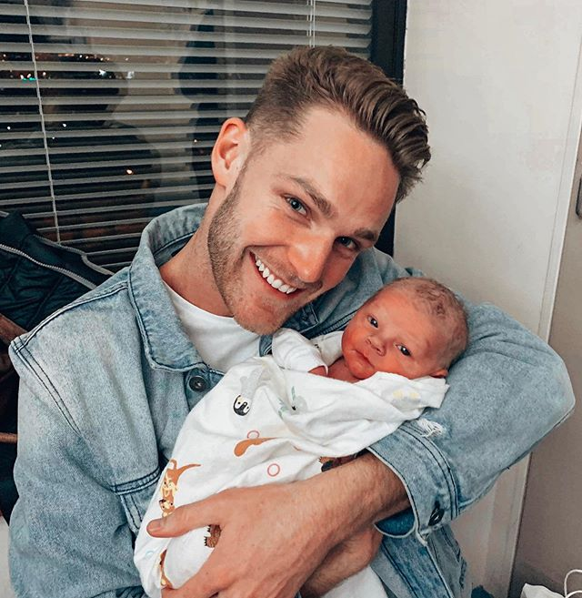 UNCLE SHANN! 👶🏼 Was an absolute treat to meet my Nephew Ryan last week, congrats to my older and much more sensible brother Brendan and his lovely wife Natalie for creating such a cutie little burrito!