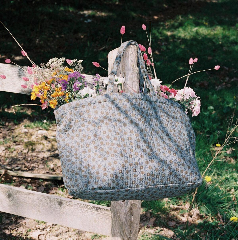 sac with flowers.jpg